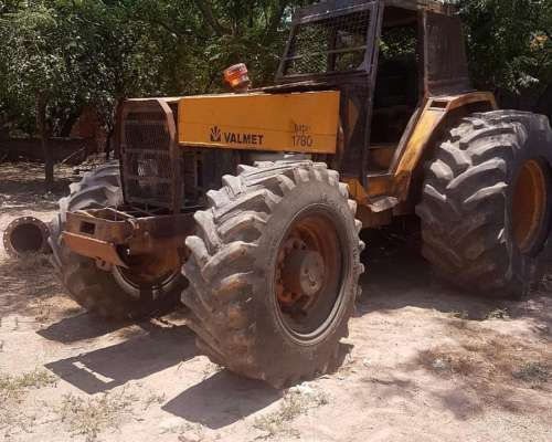 Tractor Valmet 1780 4X4