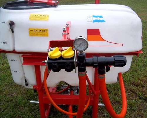 Fumigador de 400 Lts, Suspendido al Tractor