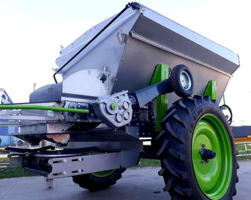 Fertilizadora de Arrastre C4500