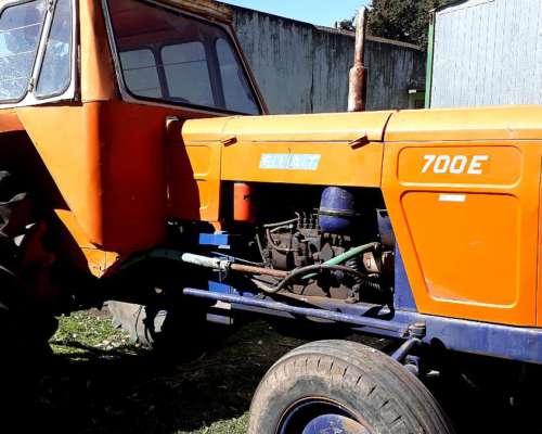 Vendo Tractor Fiat 700