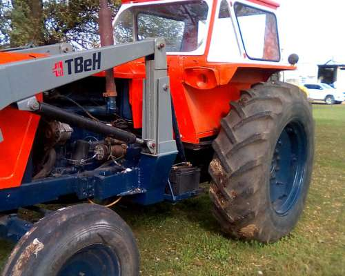 Tractor Fiat 800 con Pala Frontal