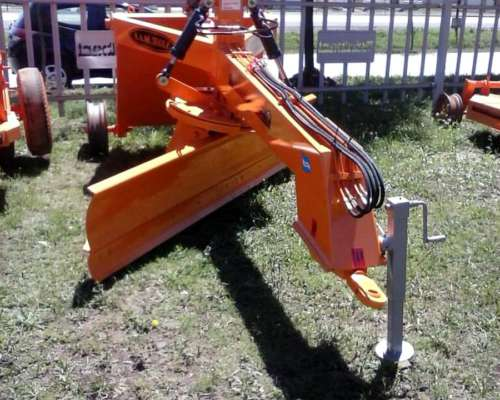 Niveladora de Arrastre Metalbert 2 Ruedas 1000 Kg