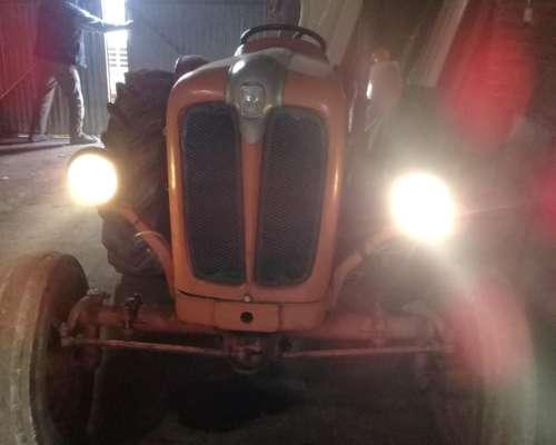 Fiat 411 con Tres Puntos