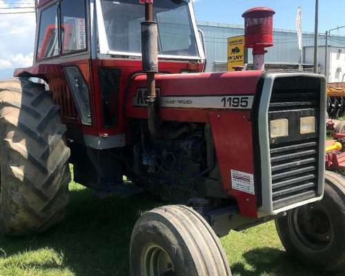 Massey Ferguson 1195 con Cabina.