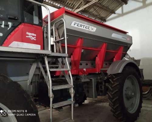 Fertilizadora Autopropulsada Fertec 824 Usada Impecable