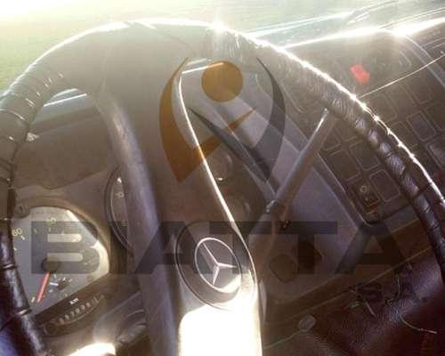 Camión Mercedes Benz 1620 - Modelo 2006