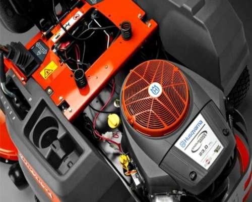 Minitractor Radio Cero Husqvarna de 23 HP
