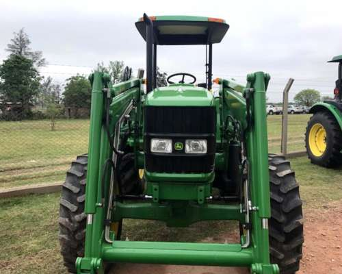 Tractor John Deere 6100d con Cargador JD 563