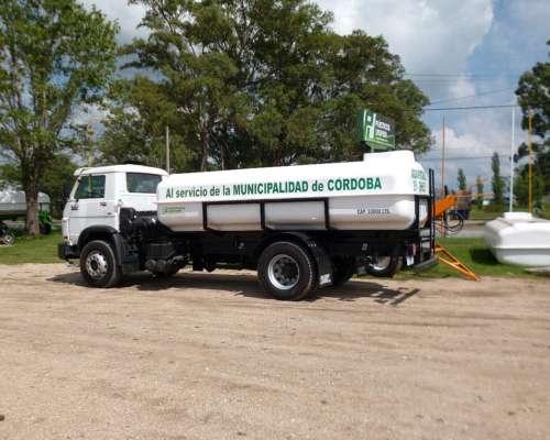 Camion Regador Plasticos Laspiur 8900 Lts. y 10.900 Lts.