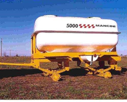 Acoplado Tanque Mancini de 5000 Litros