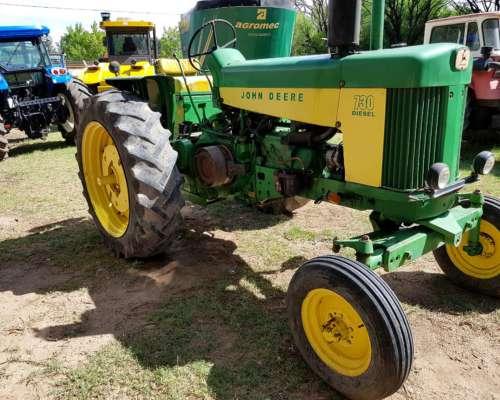 Tractor John Deere 730,usado sin Cabina