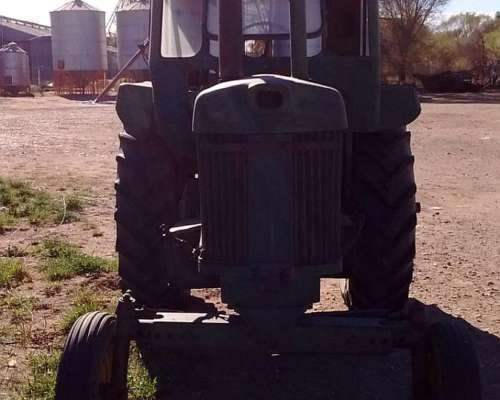 John Deere 730 .sistema Hidraulico. Embrague a Pedal.