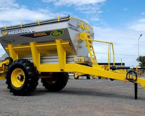 Fertilizadora al Voleo SR DPX Megamax 8000