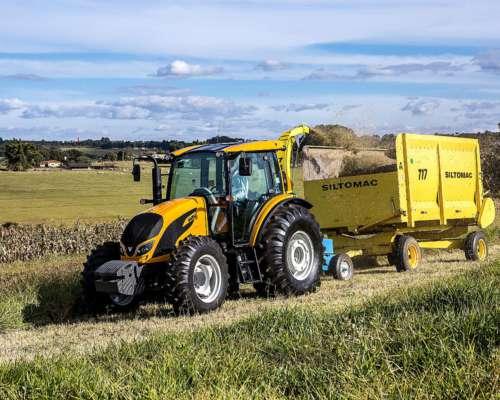 Tractor Valtra Modelo A-124 4X4 Cabinado (disponible)