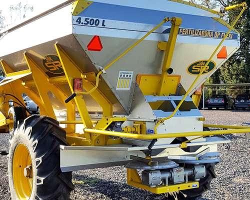 Fertilizadora SR 4500 L