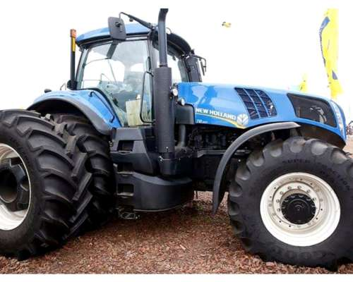Tractor New Holland T8