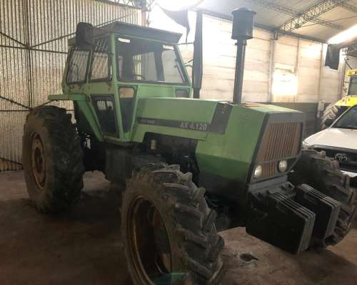 Tractor Deutz AX 4.120 con 18.4x34 muy Bueno