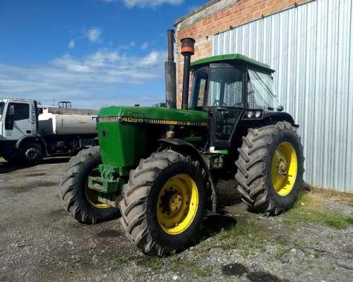 Tractor John Deere 4050 DT 4X4