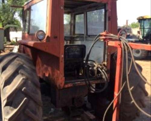 Tractor Fiat 700 con Motor 800 muy Buen Estado