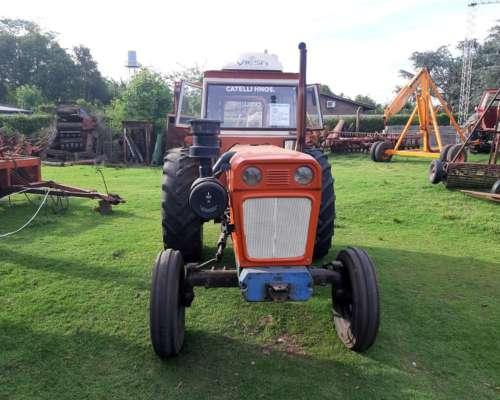 Tractor Fiat 900 con Duales