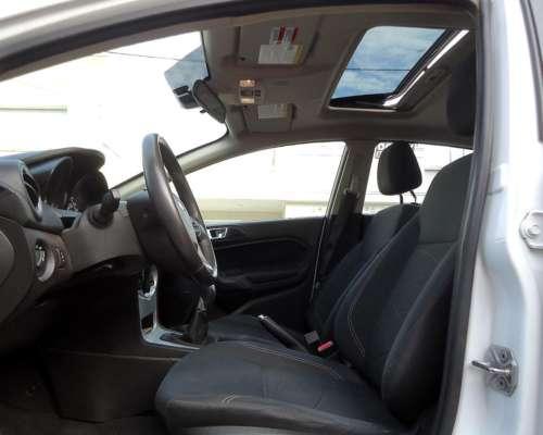 Oportunidad, Solo 57.000 KM. Vendo Ford Fiesta Kinetic 2015