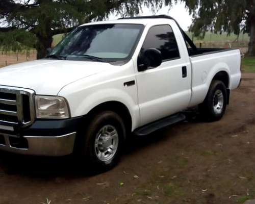 Pick UP Ford Modelo Dutty - 2011 Usada