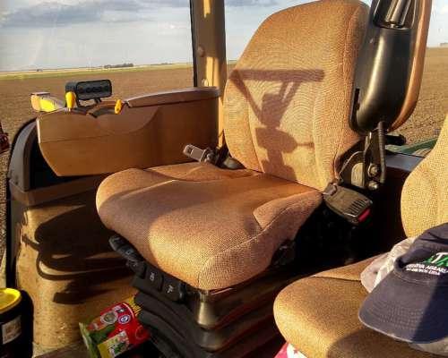 John Deere 8430 con Piloto Automático