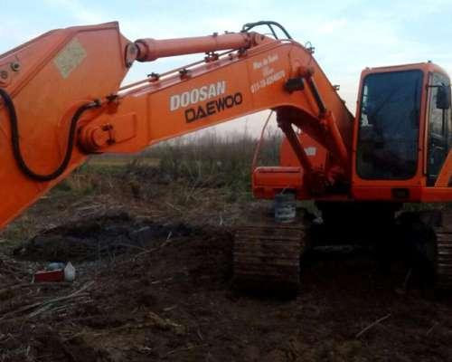 Excavadora Doosan S225 - muy Buen Estado