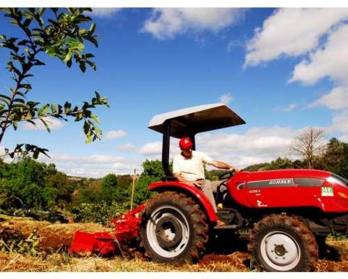 Tractor Agrale 4230.4 Tracción Simple