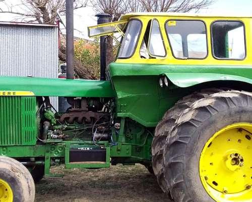 Tractor John Deere 5020 con TDF Independiente