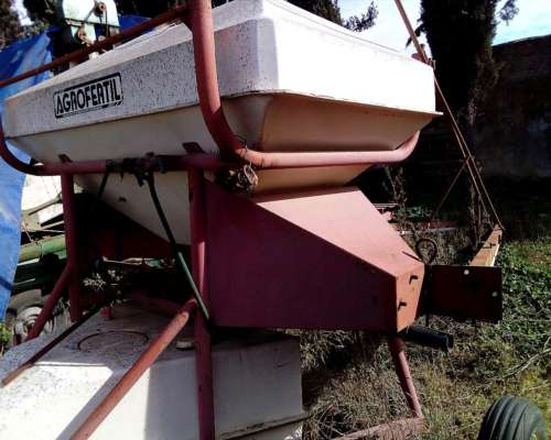 Fertilizadora a Barras Agrofertil 12 Mts Ancho Labor 2500 LT