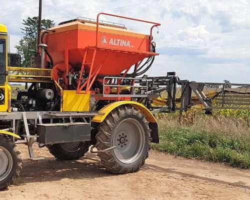 Fertilizadora Epelde 2010 con Altiana 2017 20 Mts