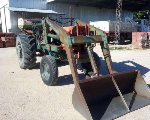 Tractor con Pala Mecánica