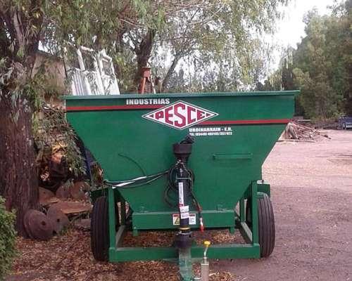 Fertilizadora de Organicos Pesce de 5 M3