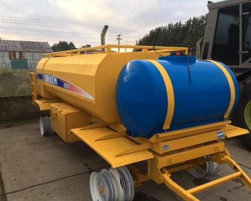 Tanque Belen de 4000 Lts con Bauleras y Tanque Plastico