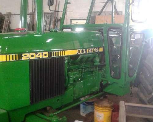 Tractor John Deere 2040 con 3 Puntos