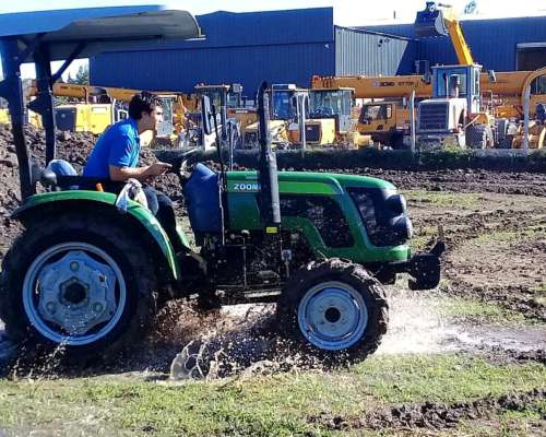 Tractor Chery BY Lion Tipo Case 45 HP Simple Traccio
