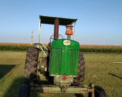 Tractor JD 730 el Pistero