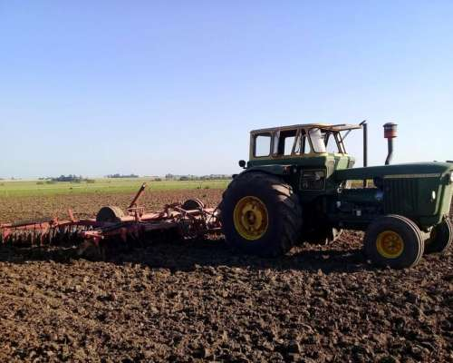 Tractor John Deere 5010 de Productor