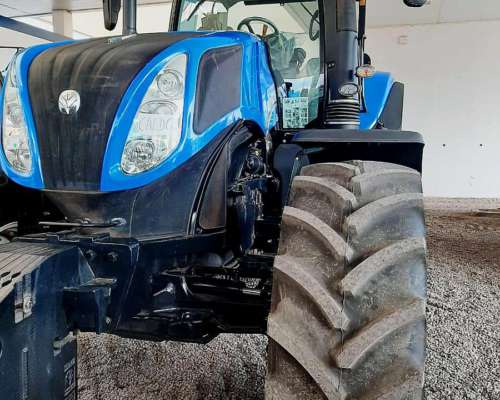 Tractor New Holland T8-320