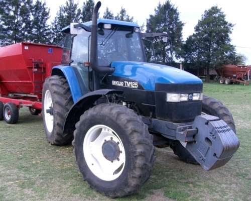 New Holland TM 125 DT, Power Shif, Tres Puntos