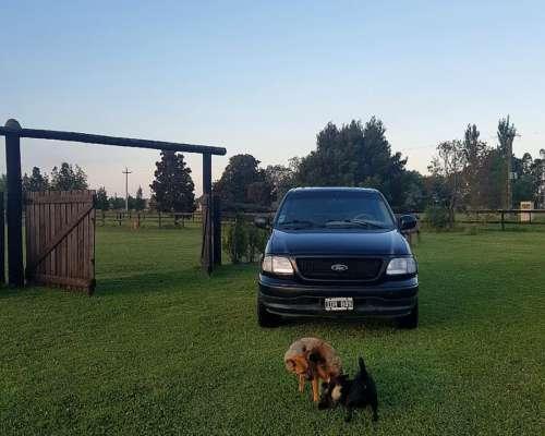 Ford F150 Doble Cabina Americana año 2001 V8 5.4 Triton