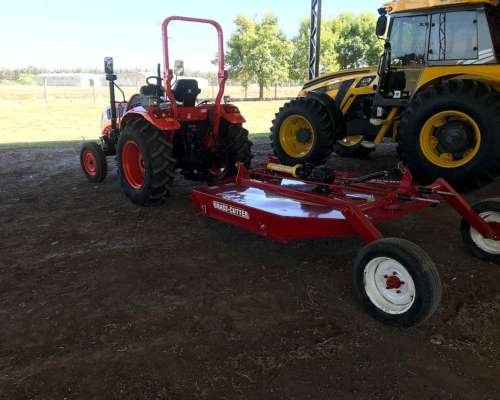Tractor Hanomag TR60 + Desmalezadora Grass Cutter JAB2000