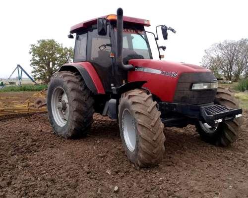 Tractor Case 135 año 2006 Primera Mano muy Bueno