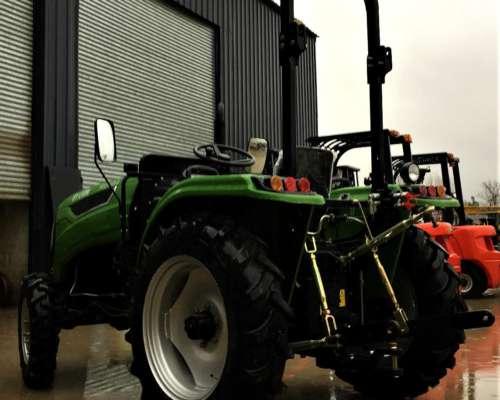 Tractor Chery 45 HP 4X4 con 3 Puntos Tipo Deutz 3 Puntos