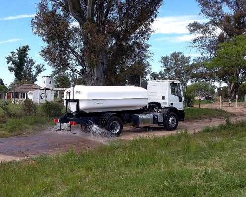 Camión Regador Argenplast 8.000 y 10.500 Litros