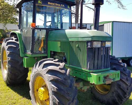 Tractor John Deere 6500 Doble Traccion.