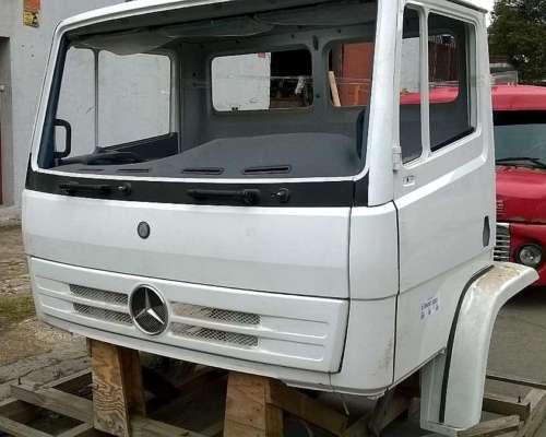 Cabina Mercedes Benz 1720 Frontal