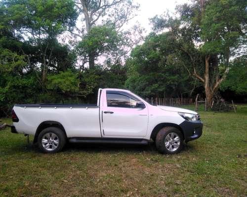 Toyota Hilux CAB Simple