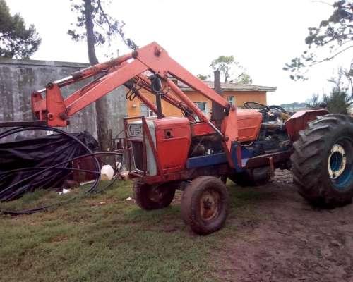 Vendo Tractor Fiat 700e con Pala